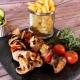 Frigarui de pui cu cartofi prajiti 200 gr/200gr